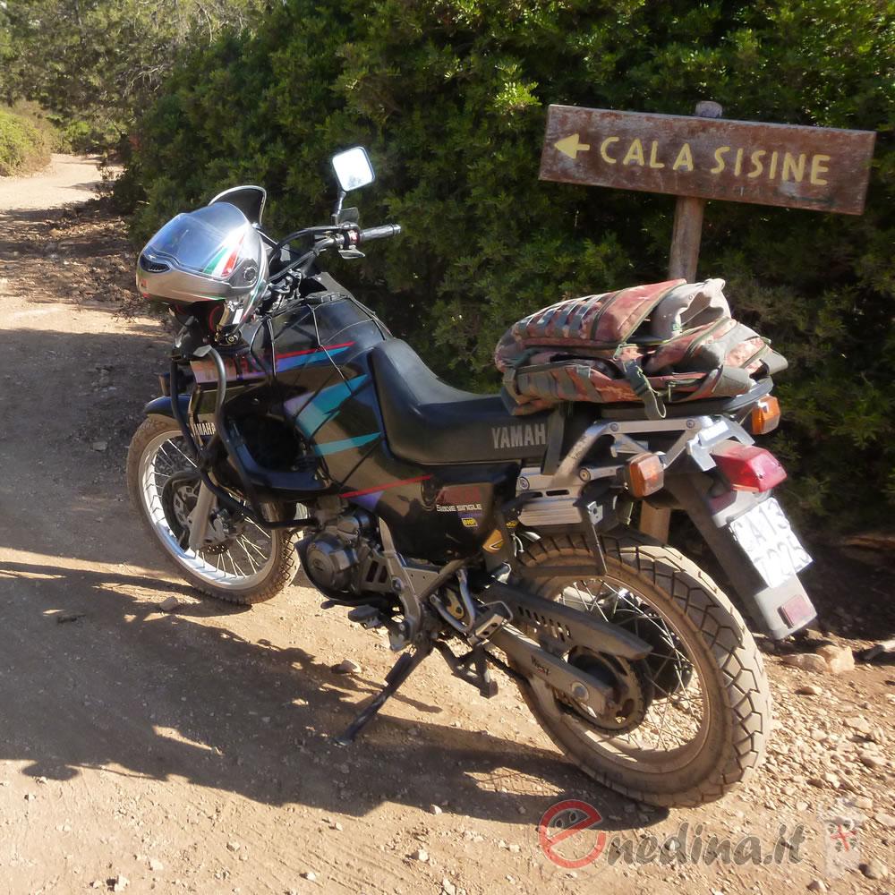 Da Sardara a Dorgali per Cortes Apertas, con nottata sotto le stelle: la prima mototendata dei Pastori in Moto