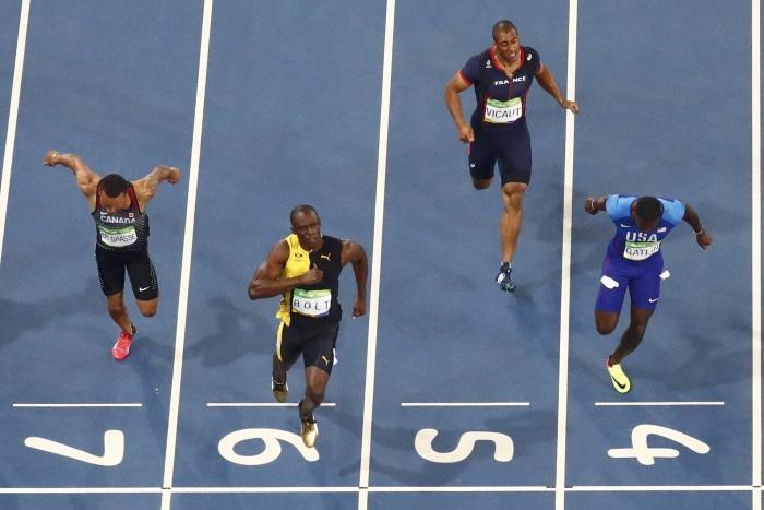 Bolt vince ancora i 100 e ci regala la foto più bella dei giochi di Rio