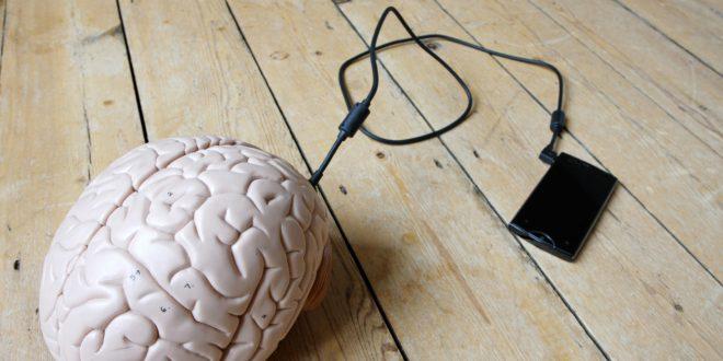 Quando un sms modifica il nostro cervello