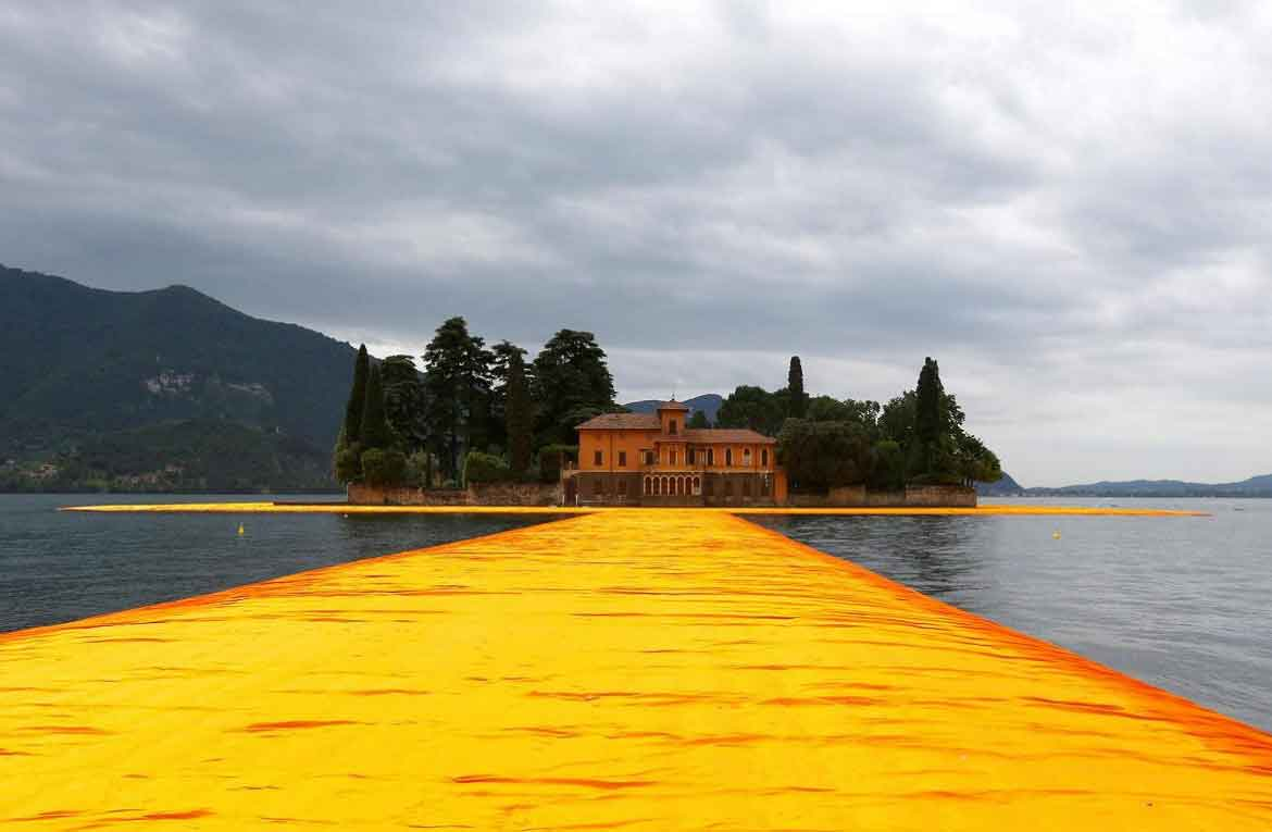 Gala dinner d'estate in onore del Floating Piers
