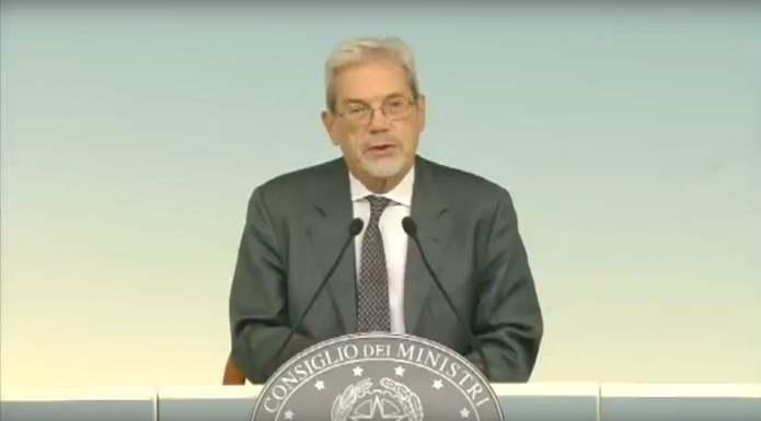 Gli italiani voteranno il 4 dicembre per dire Sì o No alla Costituzione della Boschi