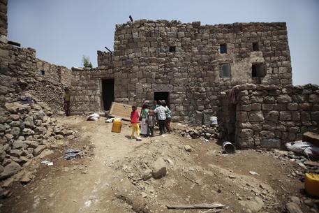 RAID AEREO IN YEMEN: colpito ospedale da campo di MSF