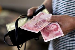 Scivolone dello Yuan, sul dollaro toccati i minimi da 6 anni