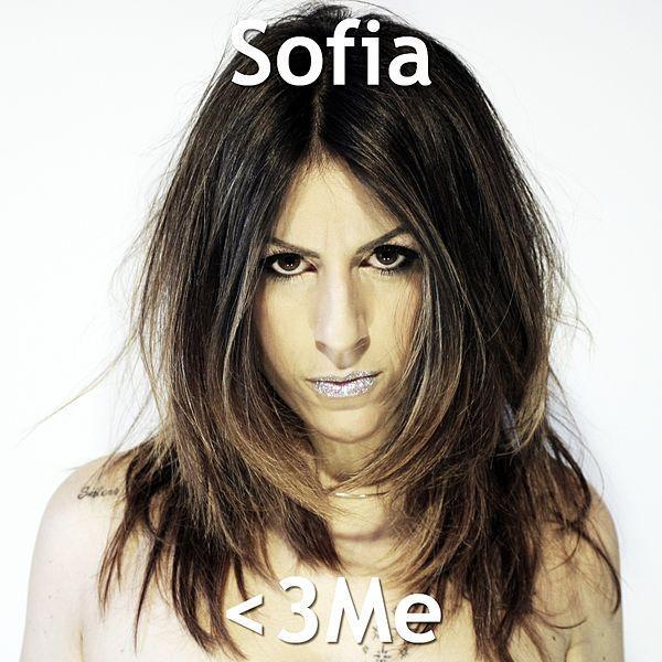 Love Me è il nuovo singolo di Sofia
