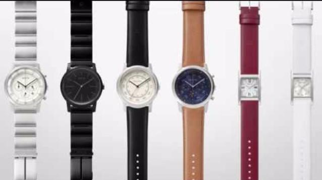 Smartwatch Wena: con cassa quadrata e cinturino smart in pelle